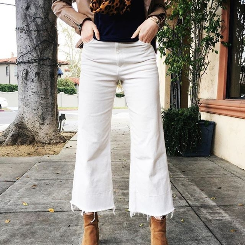 Steppin' out in our @rachelcomey jeans today