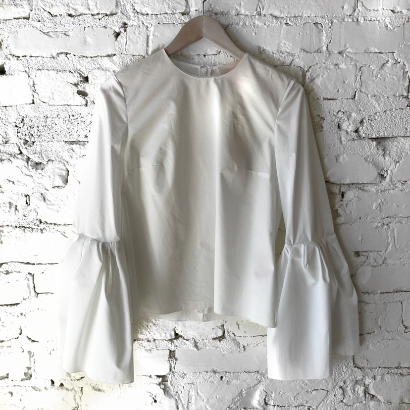 ⬜️ the perfect white blouse ⬜️