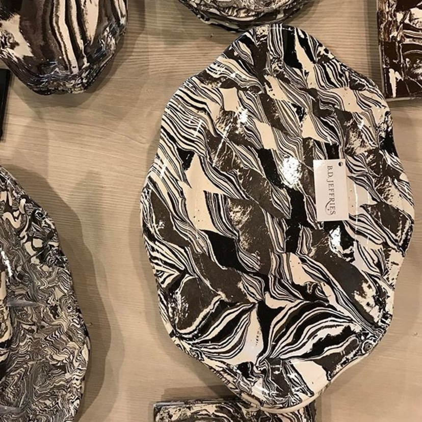 This pottery. It almost looks like the earths layers, no? So incredibly beautiful. Perfect for #EarthDay or any day really.