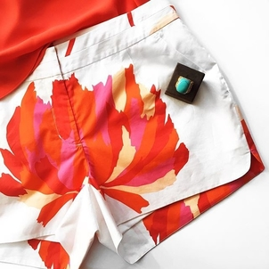 Pop of Color Jewelry Shorts